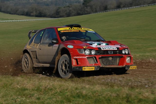 Burton and Rogerson on their way to winning the Wyedean rally in 2008