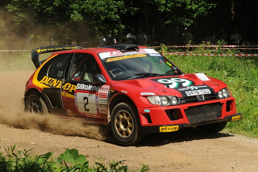 Burton and Rogerson on the Dukeries rally