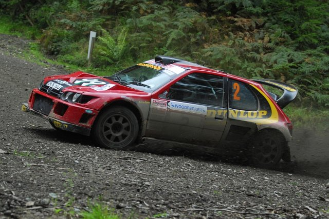 Andrew Burton and Shelley Rogerson at the Woodpecker Stages Rally