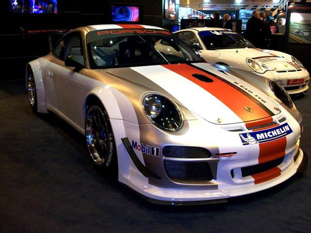Porsche 911 GTR3 - Photo by www.zippyracing.co.uk