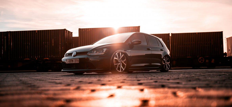 VW_Golf_Mk7_GTI_Mike-Crawat-7